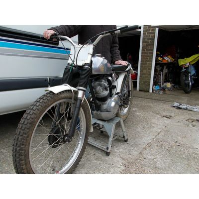 Triumph tiger cub pre65 trials bike 1964 road reg