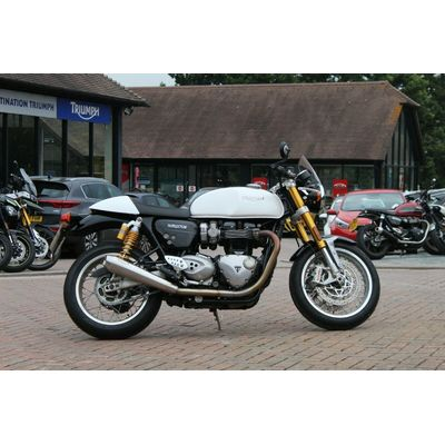 TRIUMPH THRUXTON 1200R – ONE OWNER, LOW MILES, FULL HISTORY, NICE EXTRAS!